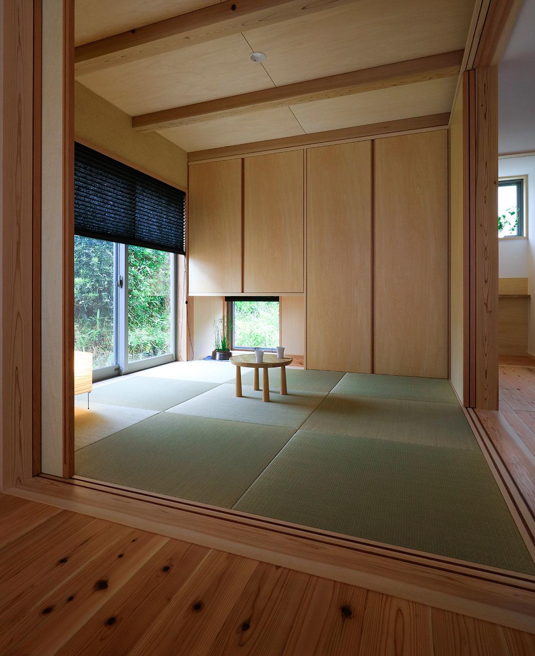 志都呂の家 寝室を兼ねた和室