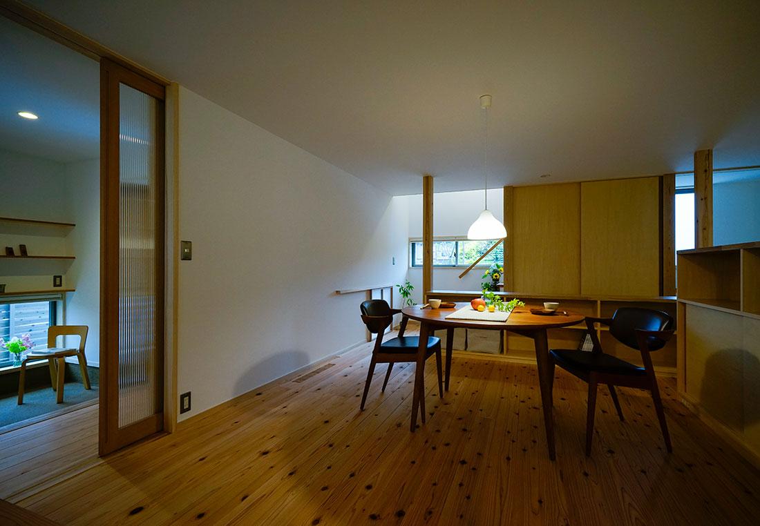 上島の家 リビング